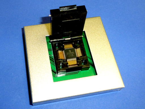 CX3016 80-pin TQFP adapter top view