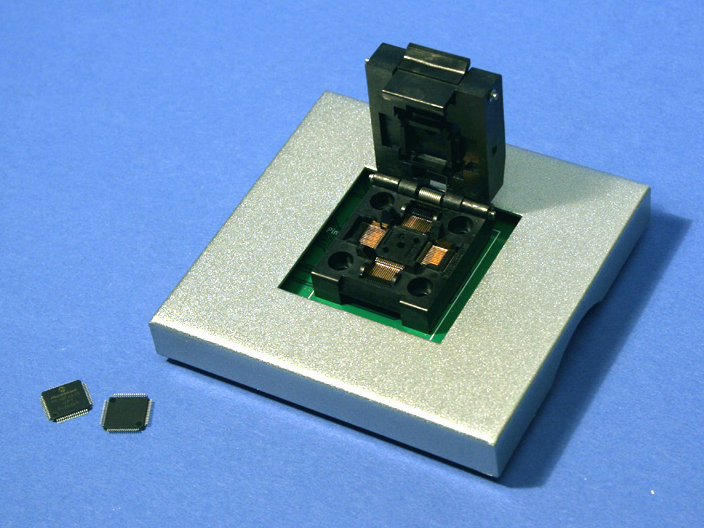 DX3011 TQFP-64 programmer adapter